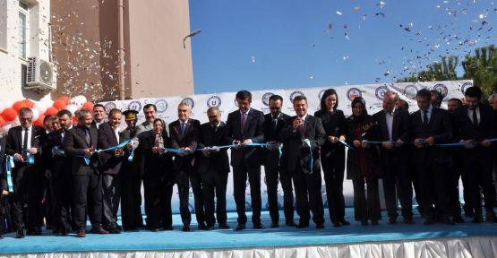 ADÜ MYO'nun açılışını Bakan Zeybekci yaptı