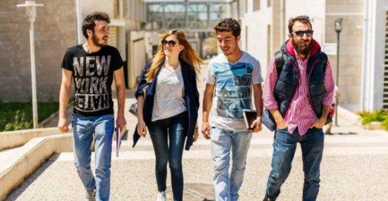 Üniversiteli: Maddi sıkıntı ve gelecek kaygısı içinde